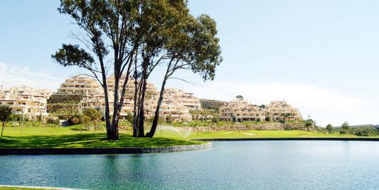 Luxury Front Line Golf Apartments in Benahavis, Marbella.