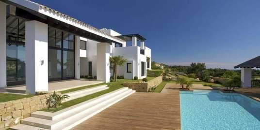 New contemporary villa in La Zagaleta.