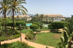 FOR RENT 3 bedroom Apartment Dama de Noche Puerto Banus, Marbella.