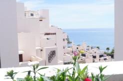 Апартаменты на первой линии пляжа, между Марбелья и Эстепона.