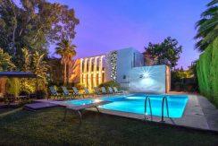 Прекрасная вилла с 7 спальнями в Лас Брисас, Новая Андалусия.